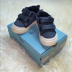 Tom's Black Canvas Velcro Tennis Shoes
